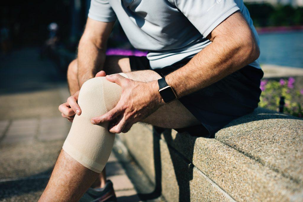 chiropractic help knee pain